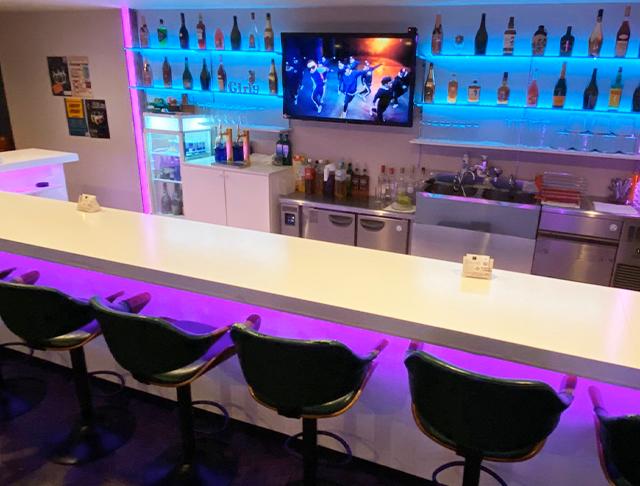 Girls Bar&Lounge Girly<ガーリー> 川越 ガールズバー SHOP GALLERY 1