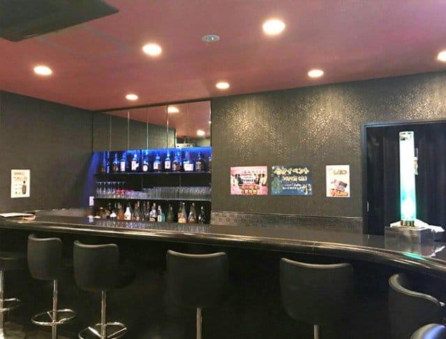Girl's Bar Trinity<ガールズバー トリニティ> 上野 ガールズバー SHOP GALLERY 3