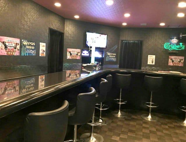 Girl's Bar Trinity<ガールズバー トリニティ> 上野 ガールズバー SHOP GALLERY 2