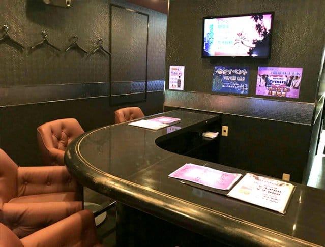 Girl's Bar Trinity<ガールズバー トリニティ> 上野 ガールズバー SHOP GALLERY 5