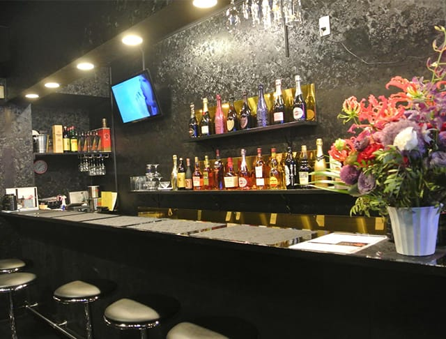 Girl's Bar ZERO<ゼロ> 上福岡 ガールズバー SHOP GALLERY 1