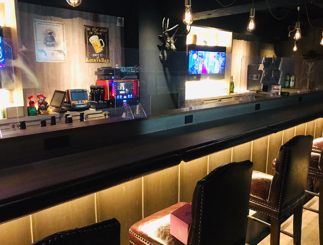 AMUSEMENT BAR WEST<ウエスト> 新宿 ガールズバー SHOP GALLERY 2