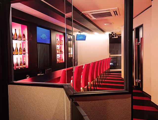 Ladies Bar MILLION<ミリオン> 三軒茶屋 ガールズバー SHOP GALLERY 1